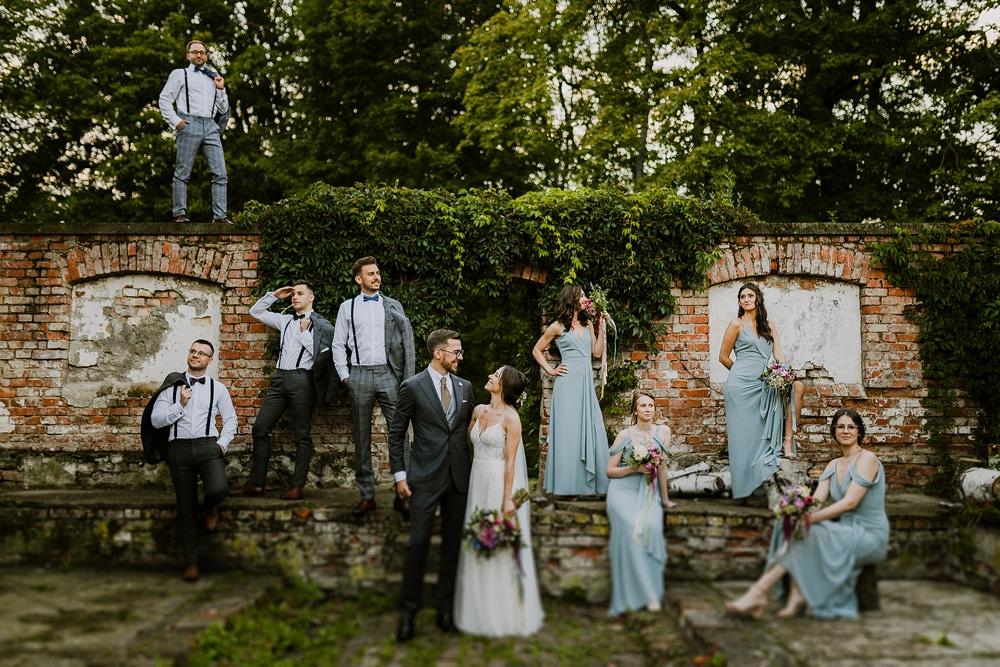 ślubne-zdjęcie-grupowe-inspiracje